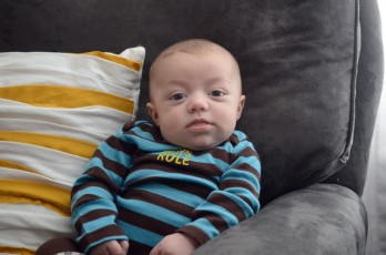 3-month_monkey-stripes_arm-chair-chubster