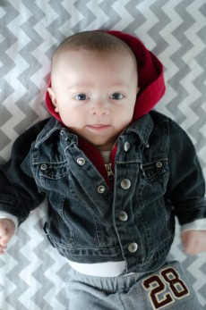 3-months_little-red_big-boy
